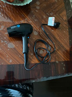 Studio 35 beauty hair dryer for Sale in Hilliard, OH