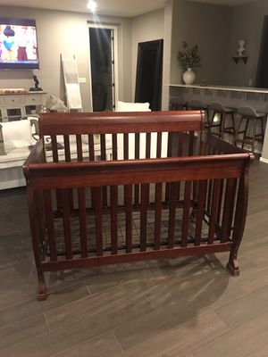 Baby Crib and Mattress for Sale in Queen Creek, AZ