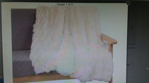 "Faux Fur Throw Ultra Plush Decorative Blanket, 51""x53"", Cream, NEW for Sale in Goodyear, AZ"