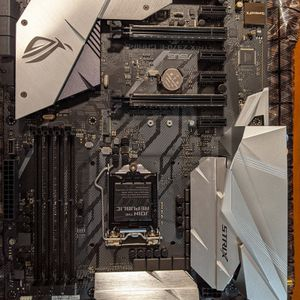 Asus Rog Strix Z370-E Gaming for Sale in New York, NY