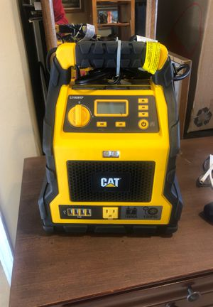 Batery charge like new , USB, OUTLET, AIR COMPRESSOR, light for Sale in Los Angeles, CA