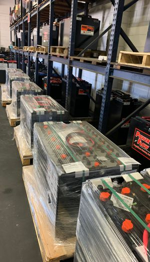 Forklift battery 18-90-17 new for Sale in Santa Ana, CA