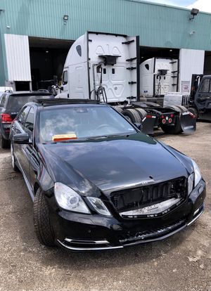 2010 Mercedes E350 For Parts for Sale in Mount Prospect, IL