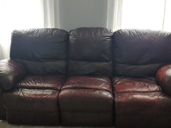 Reclining Sofa And Love Seat for Sale in Groveport,  OH