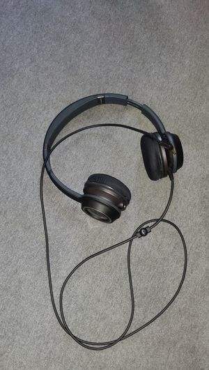 Original Monster headphone and Tablet holder for Sale in UNIVERSITY PA, MD