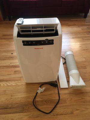 Honeywell 10,000 BTU Portable Air Conditioner for Sale in Washington, DC