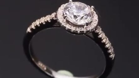 Beautiful 925 Sterling Silver Promises Engagement Wedding Ring for Sale in San Jose,  CA