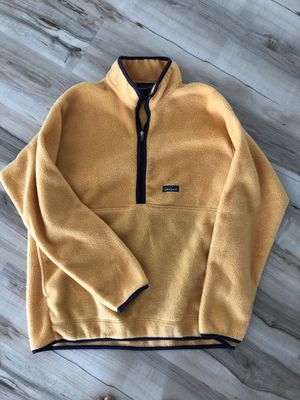 Patagonia yellow pullover fleece sweater XL for Sale in Fresno, CA
