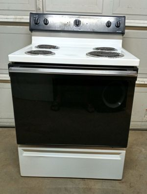 Hotpoint Electric Stove *Good Condition/ Will Deliver* for Sale in Sacramento, CA