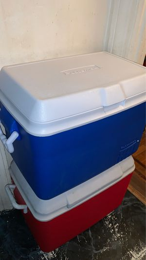 Rubbermaid coolers for Sale in Queens, NY
