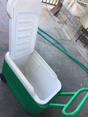 Rolling cooler for Sale in Los Angeles, CA