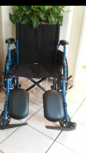 """DRIVE BLUE STREAK WHEELCHAIR 18"""" WIDTH WITH ELEVATING LEGREST... for Sale in Los Angeles, CA"""