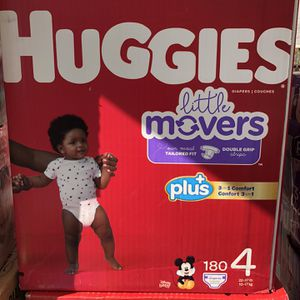 Huggies Size 4 for Sale in Long Beach, CA