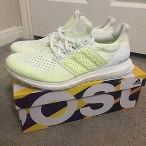 Adidas Ultraboosts Clima Lime Green for Sale in Austin, TX