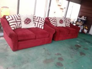 Loveseats( ruby color ) for Sale in Fort Meade, FL
