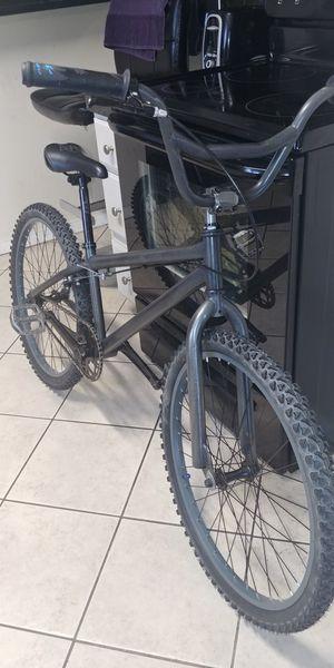 """Custom wrap black pearl bmx bike 24"""" for Sale in Denver, CO"""