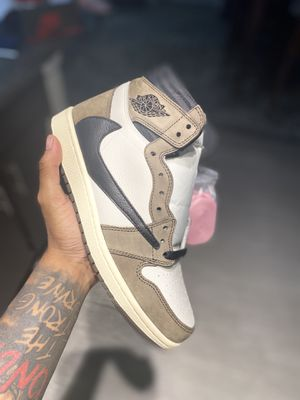 Air Jordan 1 Travis Scott size 9.5 for Sale in Austin, TX