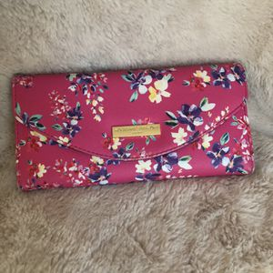 Floral Wallet for Sale in Columbia, SC