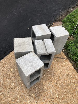 Free - pending for pick up for Sale in Arnold, MO