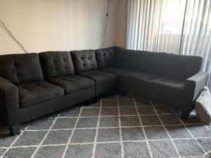 Black sectional couch for Sale in Riverside, CA