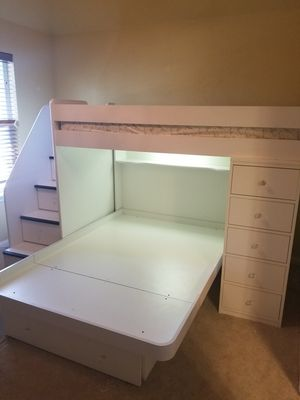 Burg furniture company bunk bed for Sale in Cedar Park, TX