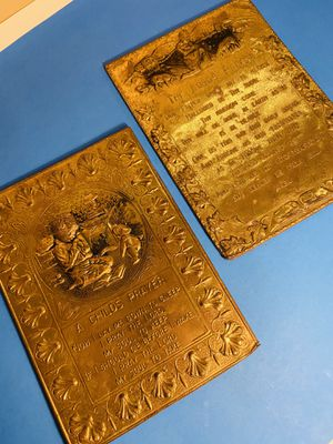 """2 Vintage 1950's Brass 8""""x11"""" A Childs Prayer & The Lords Prayer Wall Plaques.. Hard To Find for Sale in San Antonio, TX"""