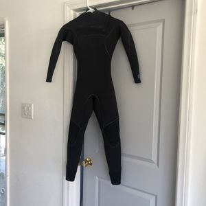 Patagonia Yulex R1 Size 2 for Sale in Inglewood, CA