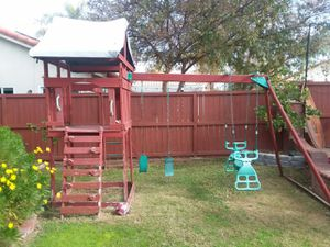 FREE swing set- only serious takers for Sale in Murrieta, CA