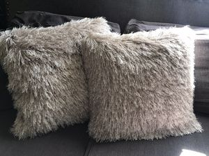 """Grey glittery shag decorative pillows set 20"""" Marshall's Home Goods for Sale in Ontario, CA"""