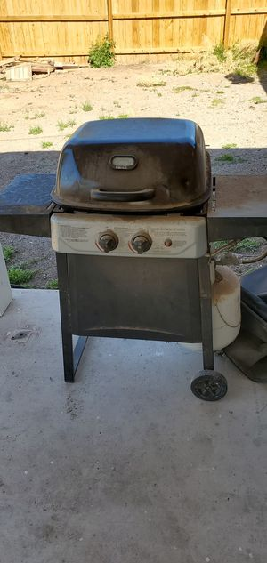 Char broil grill w/tank and cover for Sale in Las Vegas, NV