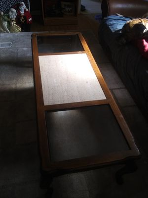 Coffee table for Sale in Plainville, GA
