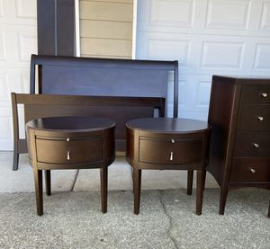 Macy's queen bedroom set. All real wood made in Canada. Beautiful condition with very minor marks on edge of footboard. for Sale in Puyallup, WA