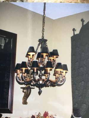 Two tier chandelier..18 lights...36 x 28 for Sale in Fort Lauderdale, FL