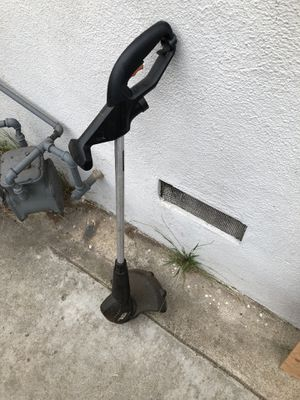 Black and Decker weed whacker for Sale in Lawndale, CA