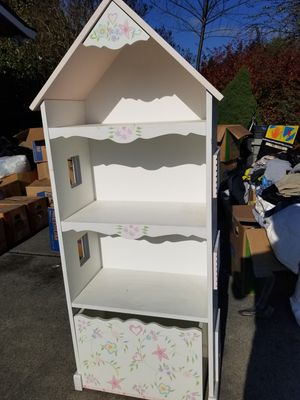 White bookcase for Sale in Edmonds, WA
