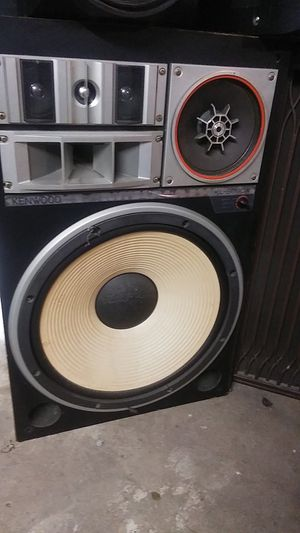 2 Kenwood k-999DX speakers for Sale in Owensville, MO