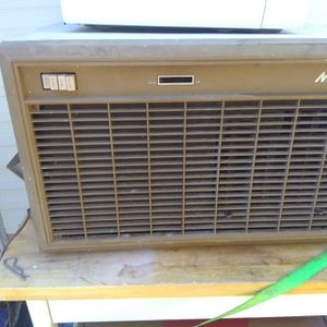 Air conditioner/Water Cooler for Sale in Vernon, AZ