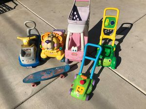 Kids toys FIRM PRICE NO DELIVERY CASH OR TRADE FOR BABY FORMULA for Sale in Los Angeles, CA