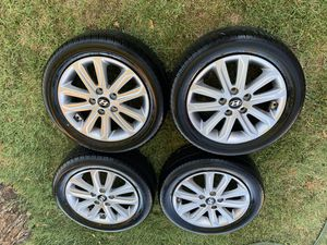 """16"""" Hyundai elentra rims with few months old tires I'm asking $400 or best offer Hablo español. for Sale in Winton, CA"""