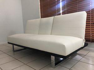 White Leather Sofa for Sale in Miami Lakes, FL