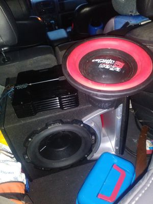 Two 10-inch Subs 1 is a Cerwin Vega the other is a P1 Fosgate and a 400 watt dual amp for Sale in Knoxville, TN