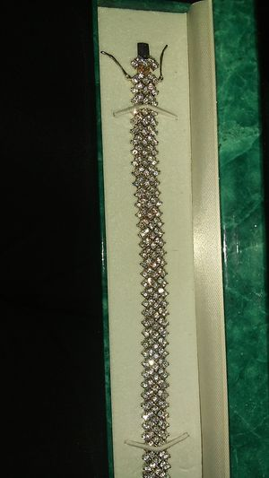 Suzanne Somers Bracelet for Sale in Gulfport, MS