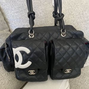 100% Authentic CHANEL Cambon Lambskin Reporter Shoulder Bag for Sale in Beverly Hills, CA