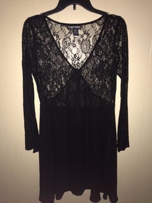 Hot Topic Bell Sleeve Lace Dress for Sale in Columbus, OH