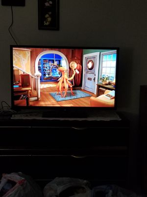 "Westinghouse 40"" 120HZ 1080P LED HDTV for Sale in Kent, WA"
