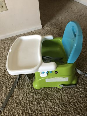 Booster seat fisher price for Sale in Dublin, OH