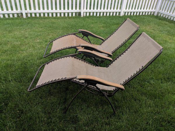 Lounge / lawn / pool chairs