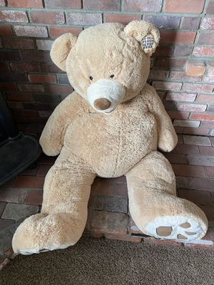Giant plush teddy bear 53 inch for Sale in Escondido, CA
