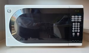 GE Countertop Microwave Oven for Sale in Gaithersburg, MD