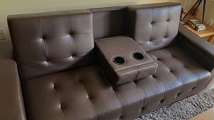Very Neat Convertible love couch for Sale in Los Angeles, CA